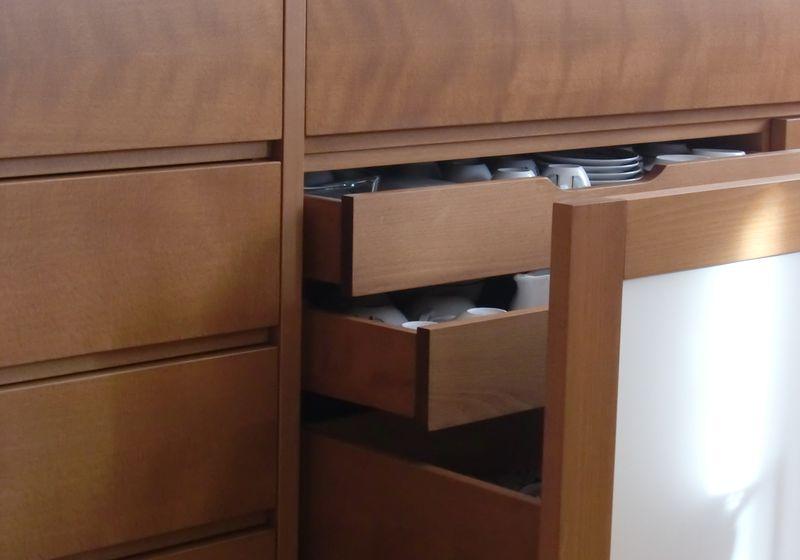 aufbewahrungstraum sideboard mit stauraum fur geschirr und besteck